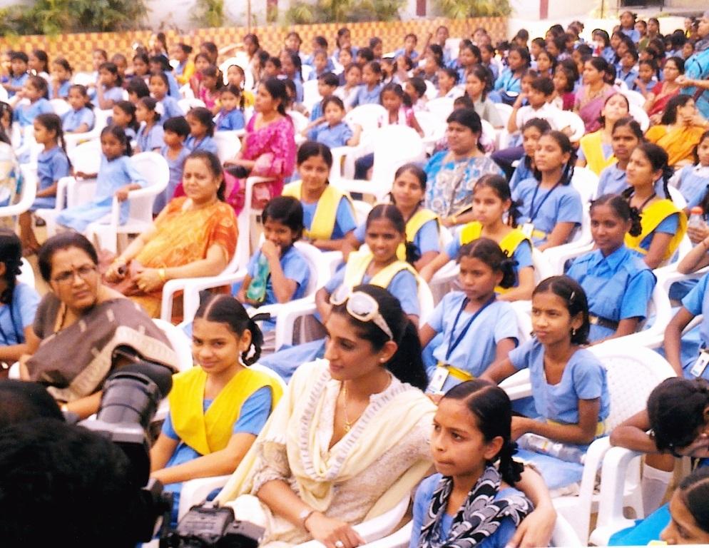 HRO chief Tameem and Miss India universe Vasuki Sunkavalli inaugurates cultural event on children's day 5