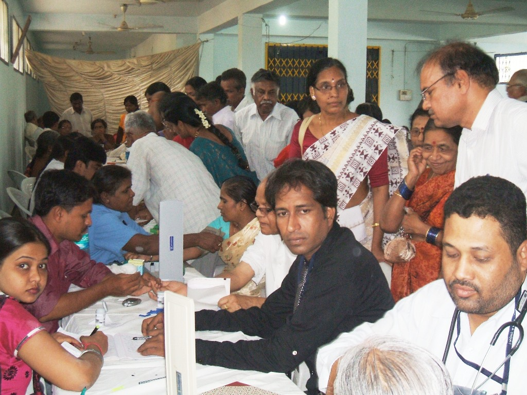 HRO chief Tameem inaugurates Mega medical camp at Ramalayam in Hyderabad 1